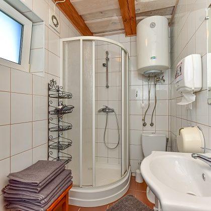 Namelio vonios kambarys 5
