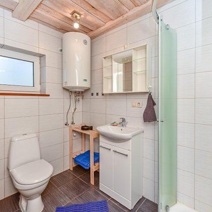 Namelio vonios kambarys 7